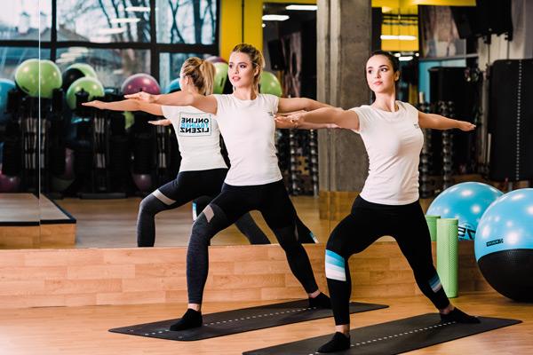 Was ist der Unterschied von Pilates und Yoga?